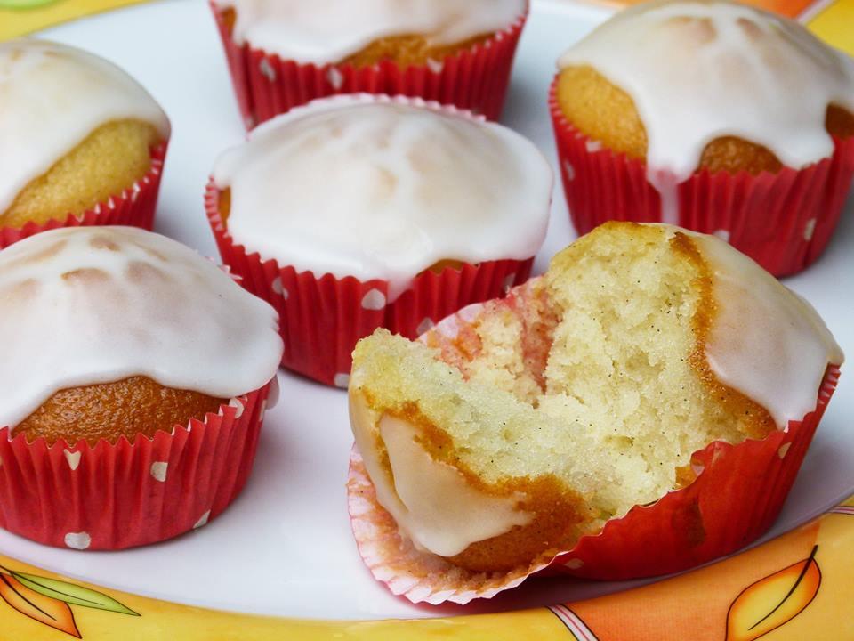 Vegane fluffige Zitronen Muffins
