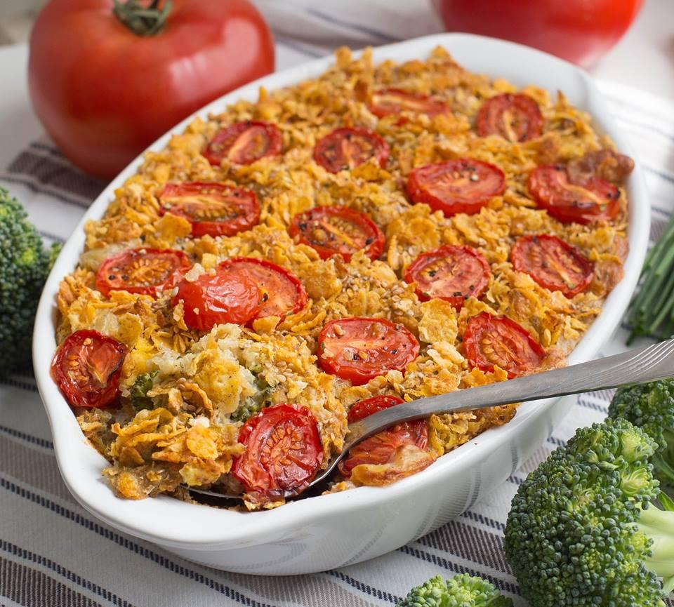 Quinoa Brokkoli Auflauf mit Cornflakes Sesam Kruste