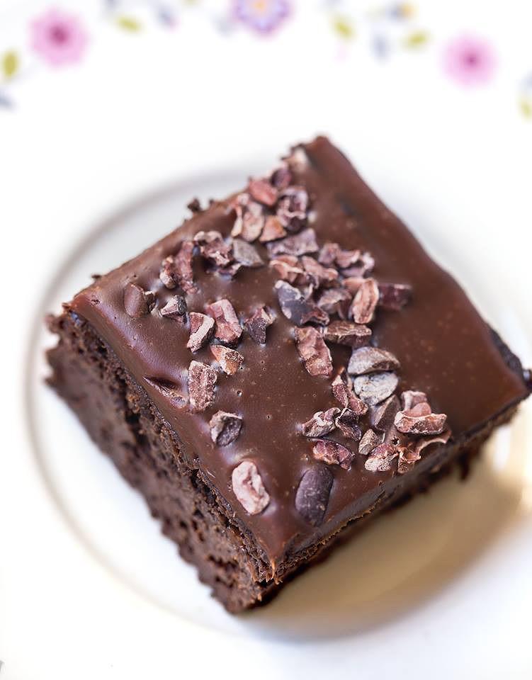 vegane brownies mit hanf. Black Bedroom Furniture Sets. Home Design Ideas