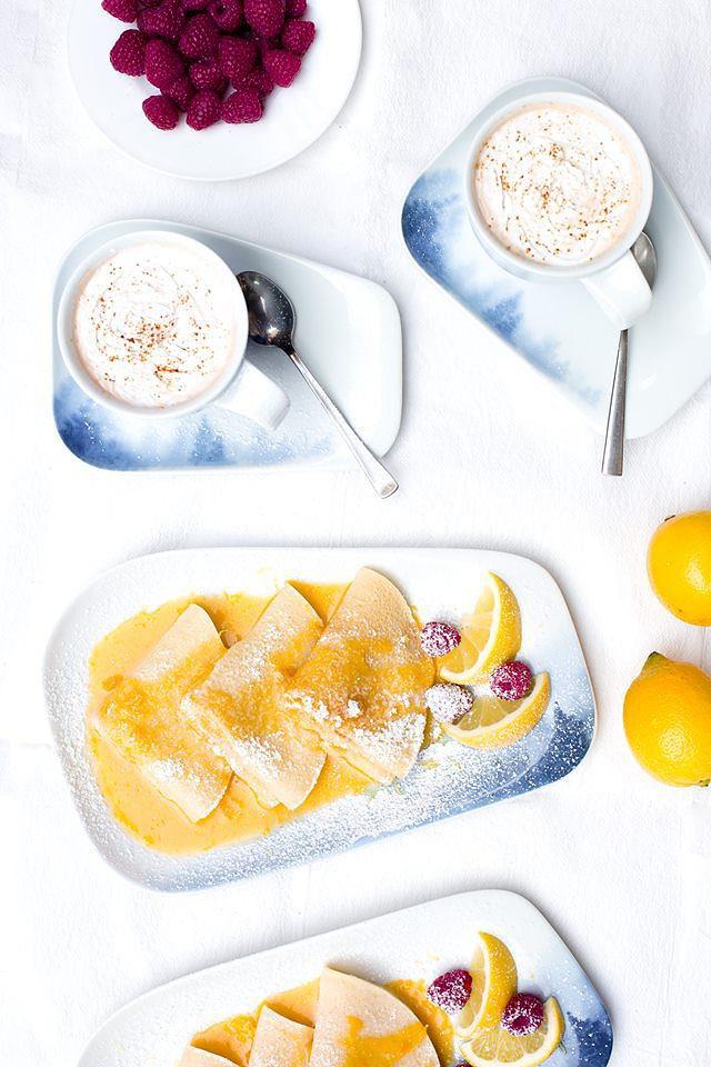 Zitronen Pfannkuchen mit fruchtiger Soße